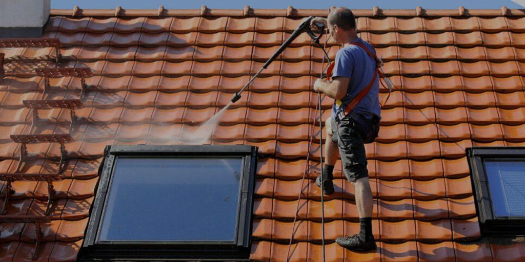 Nettoyage et demoussage de toiture à Bergerac